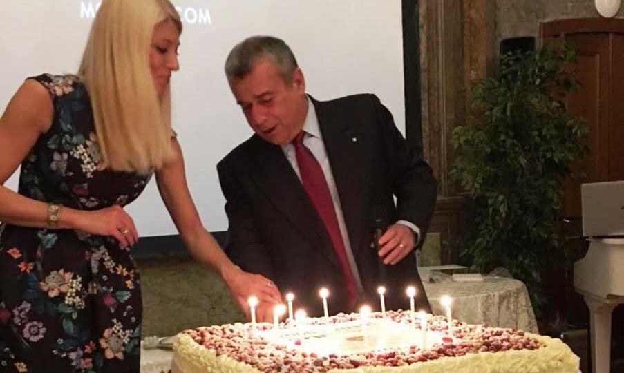 buon-compleanno-villa-torretta-ok-903x1024-265x300