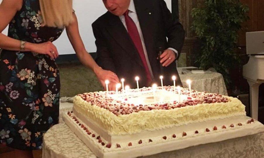 buon-compleanno-villa-torretta-ok-903x1024